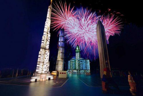 22.+29. Juli und 5.+12. August: Die Langen Nächte - das LEGOLAND Street-Show-Festival mit Feuerwerk. Die Langen Nächte sind seit Jahren das Highlight des LEGOLAND Eventkalenders. Foto: Legoland